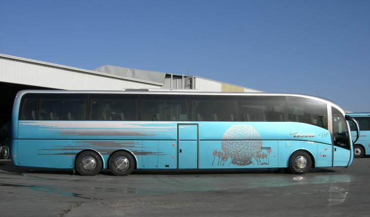 Autocar 70 plazas